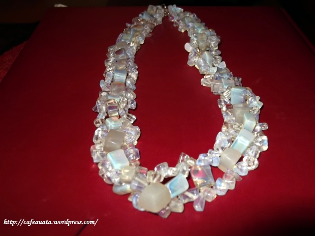 colier opal 2